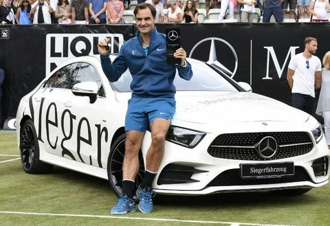 Thang Raonic, Federer lan dau tien vo dich Stuttgart hinh anh
