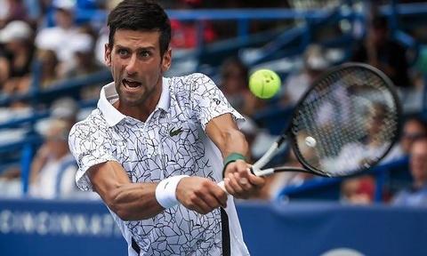Djokovic nguoc dong an tuong, DKVD bat ngo dung buoc tai Cincinnati hinh anh