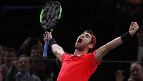 Vuot qua Djokovic, Khachanov co danh hieu lon nhat su nghiep hinh anh