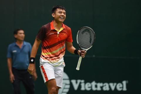 Hoang Nam gap doi thu vua suc o tran ra quan giai Vietnam Open hinh anh
