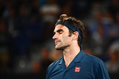 Duong kim vo dich Federer guc nga tai vong 4 Australian Open hinh anh