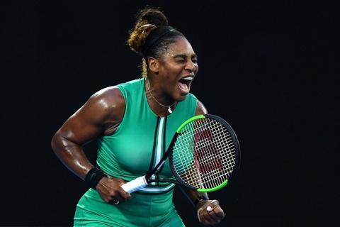 Serena Williams danh bai so mot the gioi tai vong 4 Australian Open hinh anh
