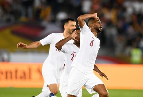 'Vo dich Asian Cup, Qatar gay an tuong ke tu khi dang cai World Cup' hinh anh