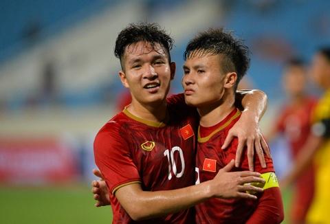Bao Han Quoc bat ngo voi loi choi cua U23 Viet Nam truoc Thai Lan hinh anh