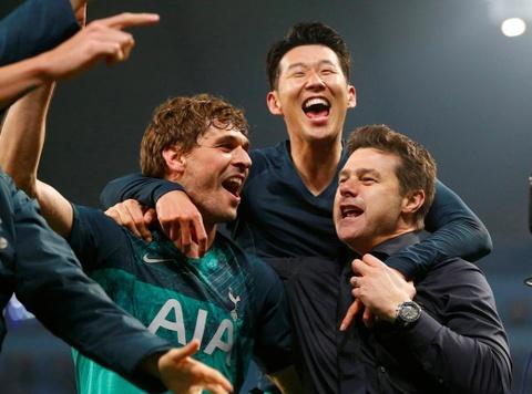 Man City sap mat ca mua giai vi Tottenham hinh anh 4