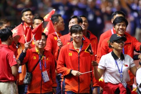 Chu nha Philippines trao co dang cai SEA Games 31 cho Viet Nam hinh anh