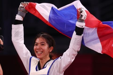 Thai Lan gianh HCV dau tien tai Olympic Tokyo hinh anh