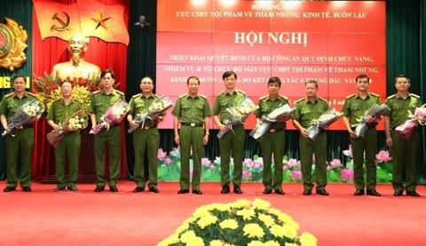 Thieu tuong Nguyen Duy Ngoc duoc giao nhiem vu moi hinh anh