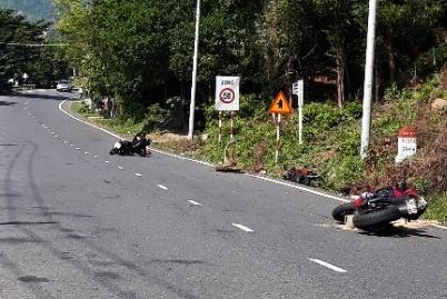 Hai môtô húc văng xe máy của nam quân nhân ở Đà Nẵng