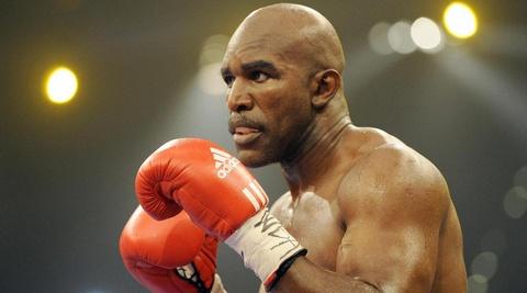 Cau chuyen phia sau man 'cau xuc' lich su cua Mike Tyson hinh anh 3