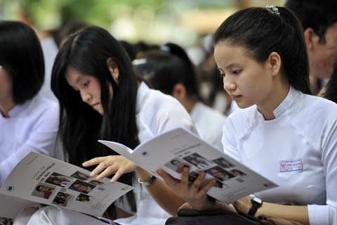 Vinh Long len ke hoach tu van huong nghiep, tuyen sinh 2016 hinh anh