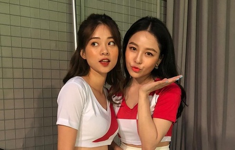 Chuyen hau truong gio moi ke cua dan hot girl 'Nong cung World Cup' hinh anh