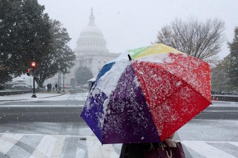Washington D.C. đón đợt tuyết đầu mùa lớn nhất trong 30 năm