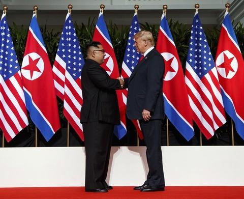 Ong Kim Jong Un: Trieu Tien muon dam phan, nhung My dung thach thuc hinh anh