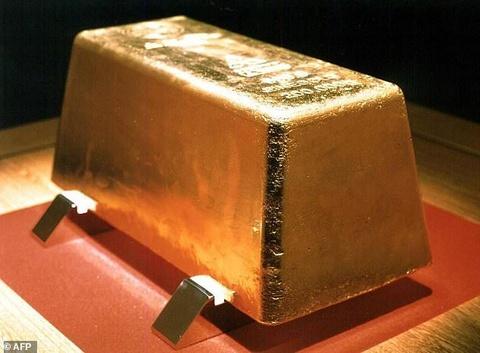 Tội phạm hóa trang thành cảnh sát cướp 160 kg vàng ở Nhật