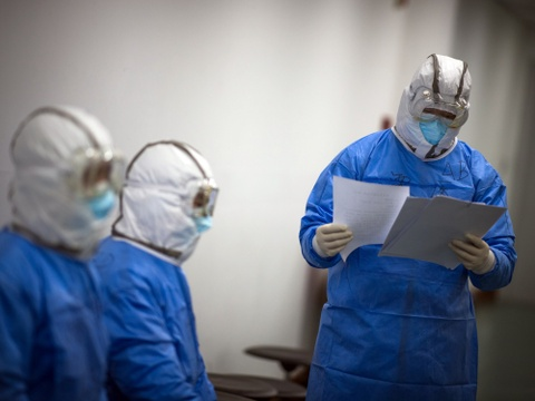Ho Bac doi cach tinh ca nhiem virus corona lan thu ba trong thang 2 hinh anh