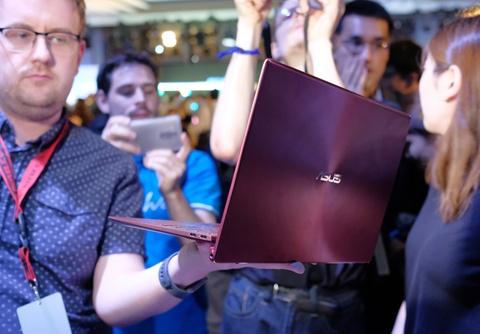 Asus gioi thieu concept laptop 2 man hinh, khong ban phim hinh anh 11