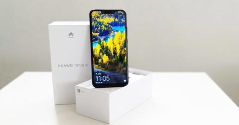Huawei ra nova 3i - 4 camera, Kirin 710, chuyen game, gia tu 295 USD hinh anh 2
