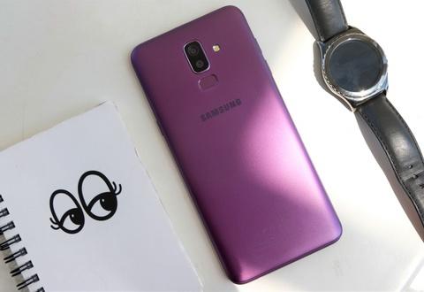 Chi tiet Samsung Galaxy J8 - man lon, camera kep gia 7,2 trieu dong hinh anh 14