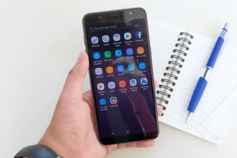 Chi tiet Samsung Galaxy J8 - man lon, camera kep gia 7,2 trieu dong hinh anh 11