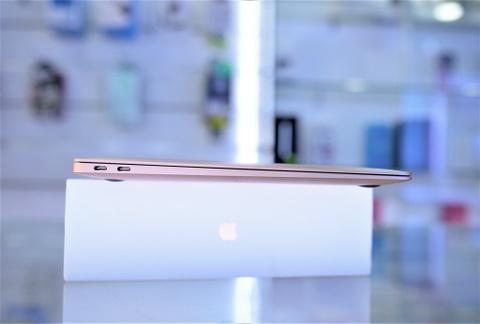 Chi tiet Macbook Air 2018 vua ve VN, gia tu 36 trieu hinh anh 11