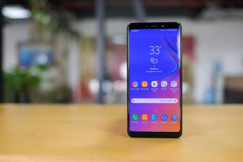 Chi tiet Galaxy A9 2018 4 camera sap ra mat o VN hinh anh 8