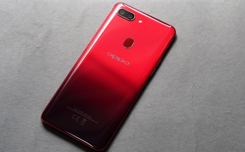 Oppo R15 Pro ra mat - chip Snapdragon 660, gia 370 USD hinh anh