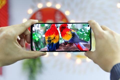 Nhung cong nghe dang chu y tren smartphone cao cap cua 2019 hinh anh 2