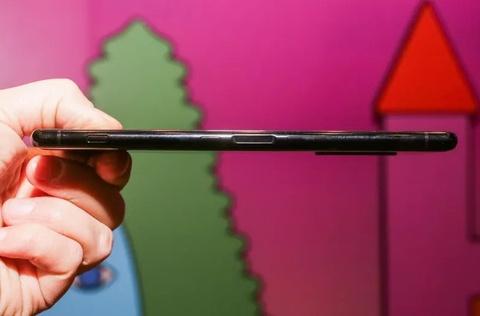 Sony ra smartphone dai bat thuong, 3 camera, co the khong ban o VN hinh anh 7