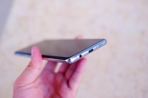 Mo hop Galaxy S10+ vua ra mat tai VN, gia tu 23 trieu dong hinh anh 10