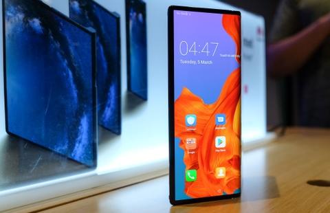 Chi tiet Huawei Mate X man hinh gap vua ve VN hinh anh 1