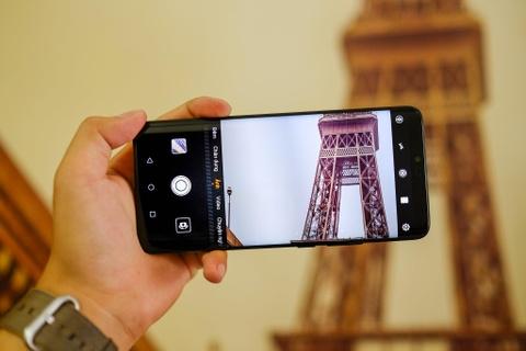 Huawei Mate 20 Pro ban dac biet gia hon 40 trieu ve VN hinh anh 7