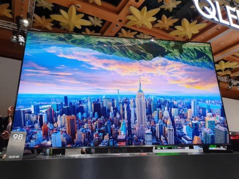 Samsung mang TV QLED 8K lon nhat the gioi ve Dong Nam A hinh anh 4