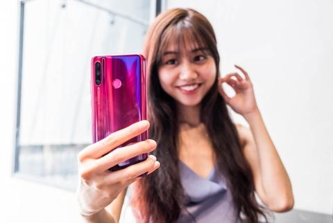 Honor 20 Lite ra mat tai VN - camera selfie 32 MP, gia 6 trieu dong hinh anh 3