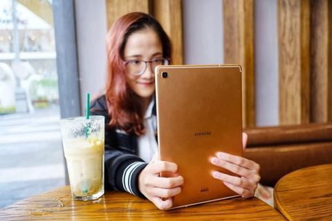 Chi tiet Galaxy Tab S5e - thiet ke giong iPad Pro, gia 12,5 trieu dong hinh anh 8