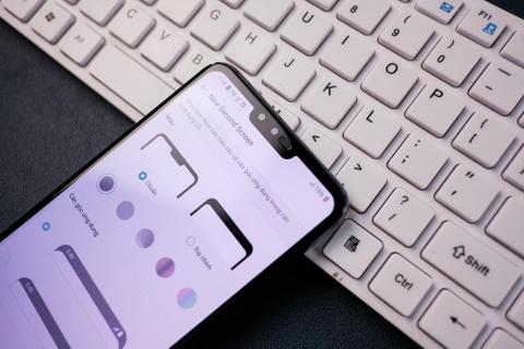LG V50 ThinQ ve VN - cong nghe 5G, 3 camera sau, gia 18 trieu dong hinh anh 3
