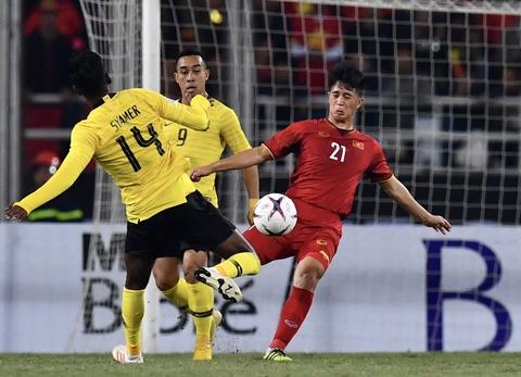 Đình Trọng sang Hàn Quốc chữa chấn thương, chia tay Asian Cup