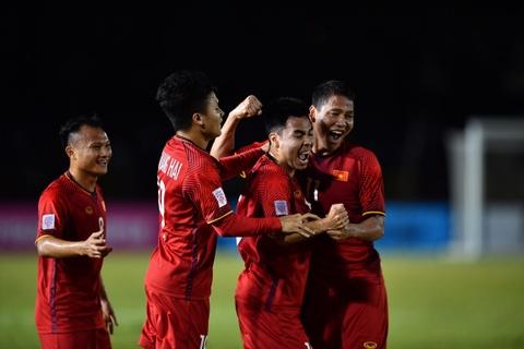 VFF dat muc tieu VN lot nhom 4 doi gianh 've vot' tai Asian Cup 2019 hinh anh