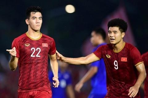Buoc tien cua nhieu cau thu lua U19 Viet Nam tung thua Thai Lan hinh anh