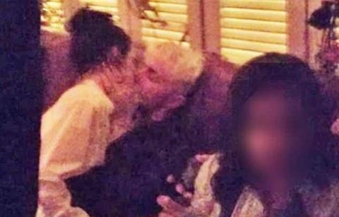 Kendall Jenner bi chi trich lang nhang khi hon em trai Gigi Hadid hinh anh