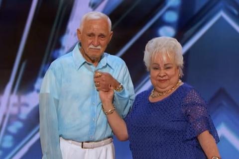 America's Got talent: Celina and Filiberto hinh anh