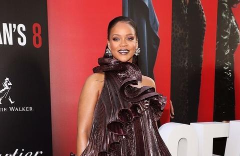 Ca si Rihanna, Gigi Hadid mac dep nhat tuan qua hinh anh