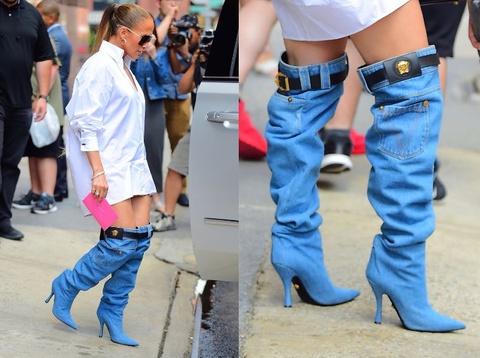 Jennifer Lopez gay thich thu voi doi boots hinh chiec quan jeans hinh anh