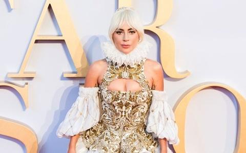 Dien dam long vu, vay dinh cuom, Lady Gaga gay an tuong gioi mo dieu hinh anh