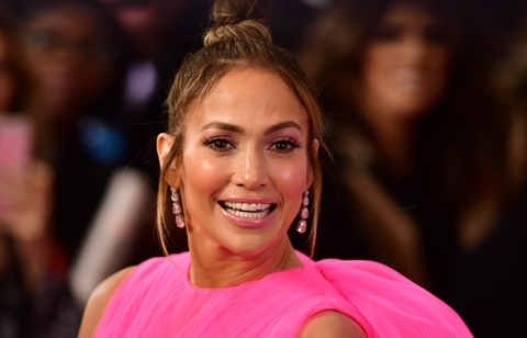 Jennifer Lopez nu tinh, Victoria Beckham mac pha cach tuan qua hinh anh