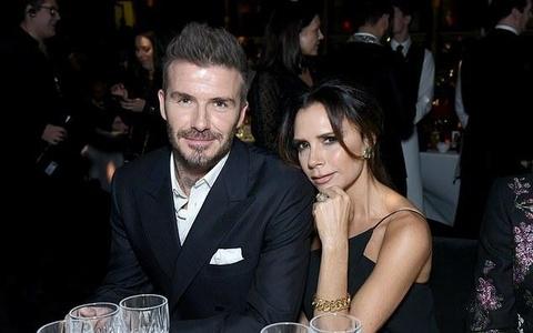 Vo chong Beckham to chuc tiec tat nien sau thong tin ran nut hinh anh