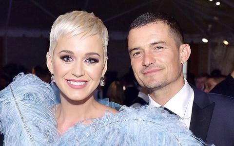 Hành trình 3 năm yêu, chia tay, tái hợp và đính hôn của Orlando - Katy