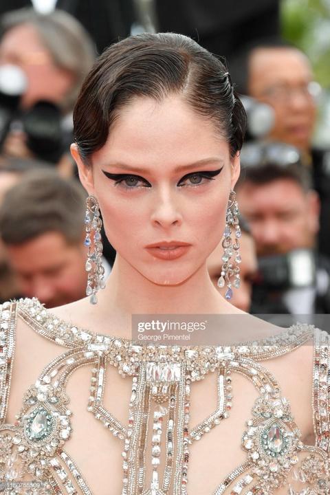 Brad Pitt, Leonardo DiCaprio hut ong kinh khi xuat hien tai Cannes hinh anh 4