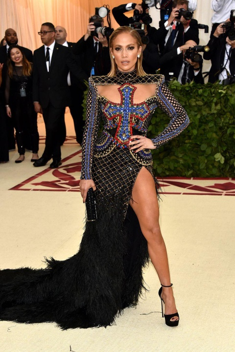 Nhung bo vay quyen ru va tao bao nhat cua Jennifer Lopez hinh anh 4