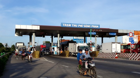 Binh Thuan gui cong van hoa toc, de nghi giam phi qua 2 tram BOT hinh anh